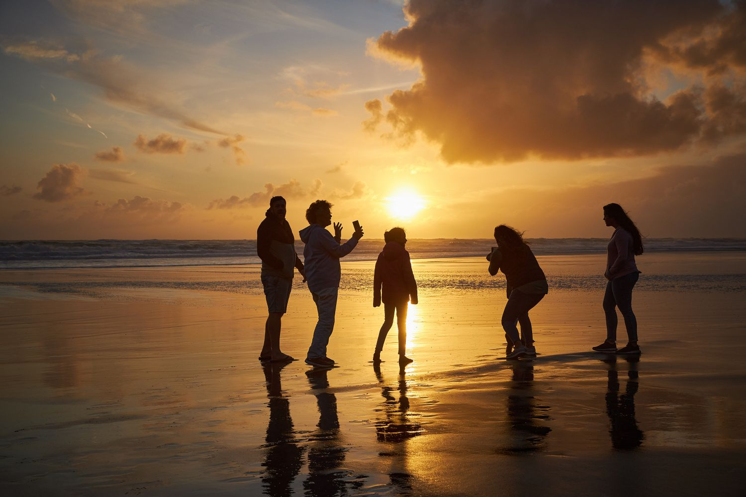 sunset_family_beach_Spark_D1_S9-R-0011.jpg